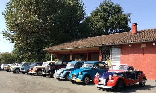 Expositions de belles voitures au Lac